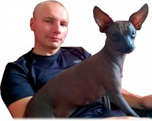 Trener Personalny Arek i jego pieska Peri. To już ostatnie zdjęcie na tej stronie. Zostało zrobione kiedy robiłem pierwszą wersję tej strony o treningach personalnych w Krakowie!